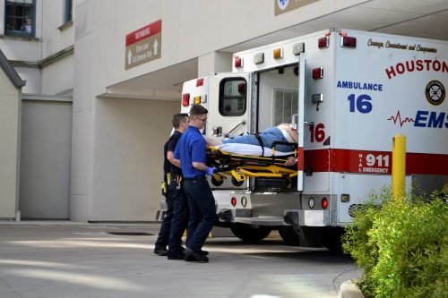 Une ambulance à l'hôpital