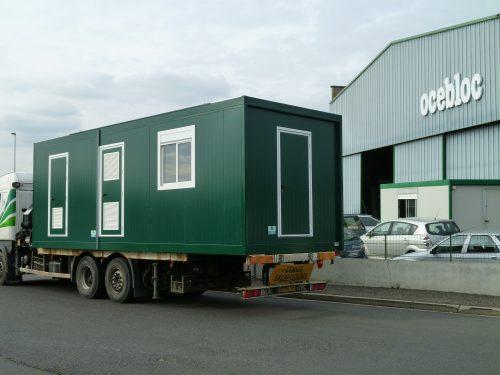 Container fabriqué par Ocebloc et transporté sur un camion